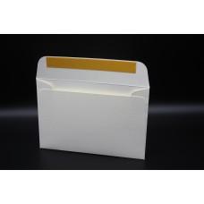 Конверт из дизайнерской бумаги FABRIA  микровельвет слоновая кость (плотность 240 гр.) формат С6, 10 штук в упаковке.Цена за 1 упаковку.