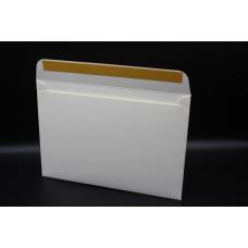 Конверт из дизайнерской бумаги FABRIA микровельвет слоновая кость (плотность 240 гр.) формат С5, 10 штук в упаковке.Цена за 1 упаковку.
